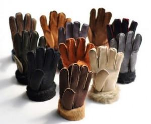 La tendance des hommes pour les gants en fourrure