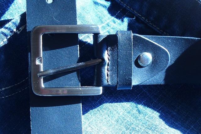 Quelle taille de ceinture pour un 44 homme ?