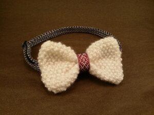Comment faire un nœud de cravate tricot ?